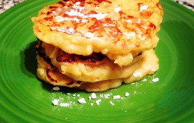 apple greek yogurt pancakes